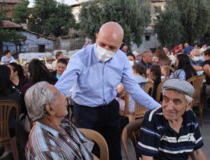 Başkan Özbaş, Alevi vatandaşların takdirini topladı