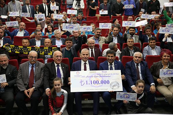 1 3219 - Büyükşehir'den 107 Spor Kulübüne 1 Milyon 100 Bin TL'lik Destek