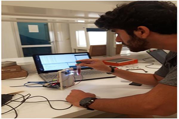 1 3722 - Biyomedikal Mühendisliği Öğrencilerinden Ses Getirecek Cihazlar