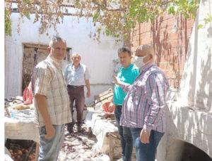 Buldan Belediye Başkanı Mustafa Şevik, evi yanan aileyi ziyaret etti