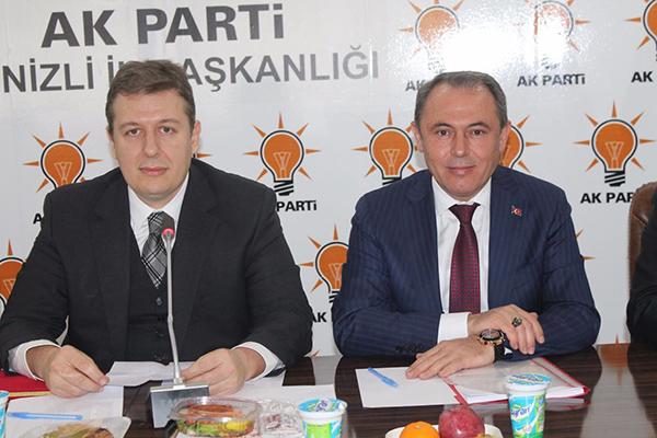 1 623 - AK Partili Tin Partisinin İlçe Başkanlarıyla Bir Araya Geldi