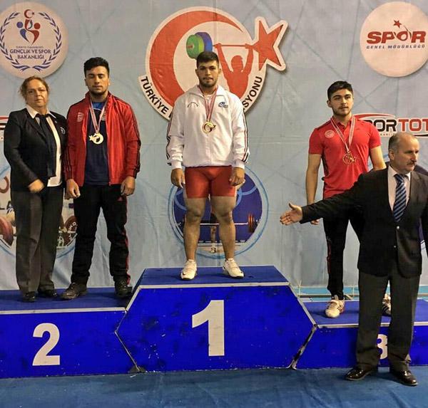 11 68 - Denizlili Sporcudan Türkiye Rekoru