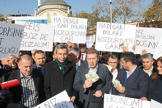 2 252 - AK Parti İl Başkanı Filiz 2023 dolar bozdurdu