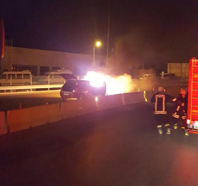 2 484 - Deliktaş Köprülü Kavşağında Araç Yangını