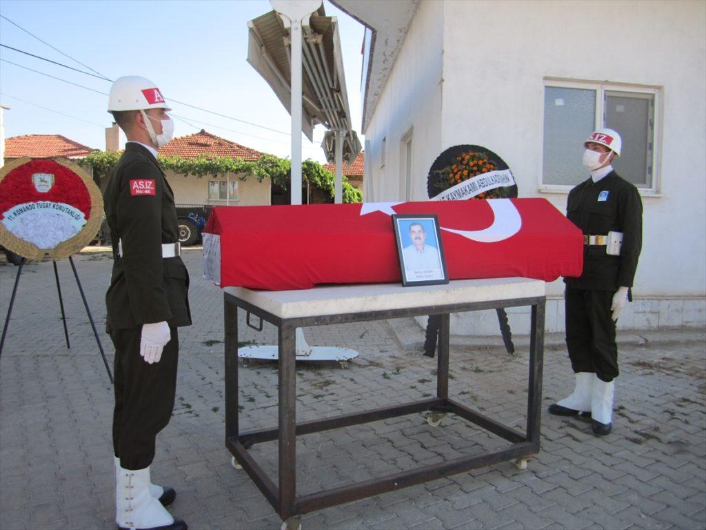 20210909 2 49958991 68609272 Web 1024x768 - Kıbrıs gazisi Remzi Yeniay, son yolculuğuna uğurlandı