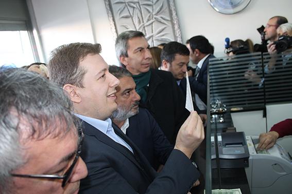 3 107 - AK Parti İl Başkanı Filiz 2023 dolar bozdurdu