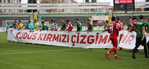 4 320 - Denizlispor-Samsunspor'dan Anlamlı Pankart