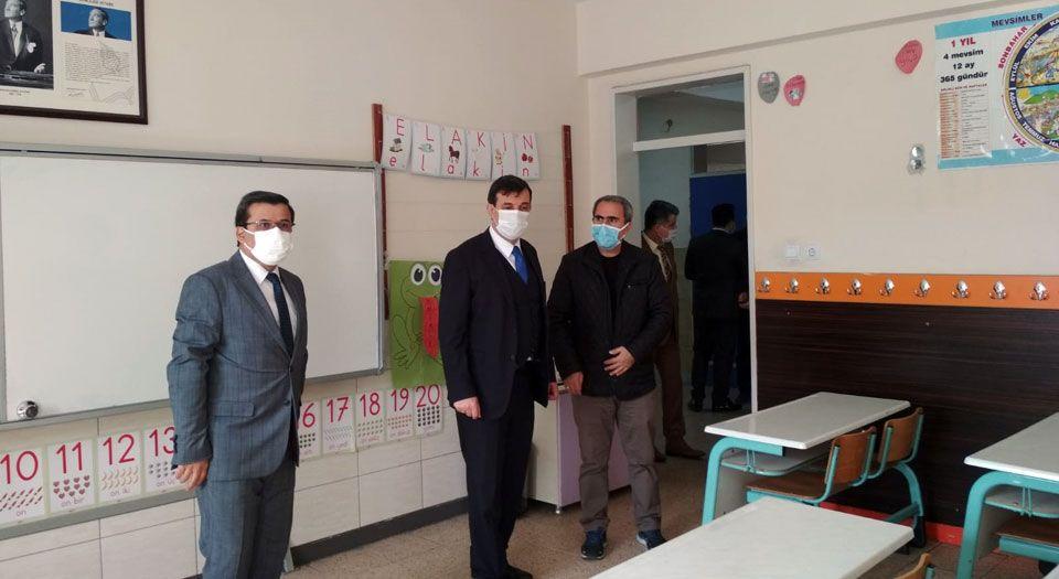 Hazırlıklar tamam… Okullarda yüz yüze eğitim 2 Mart'a ertelendi