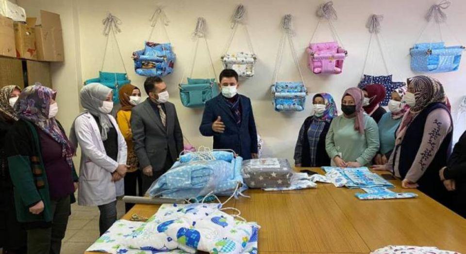 İstanbul Milletvekili Boyraz'dan Gürünlü kadın kursiyerlere destek