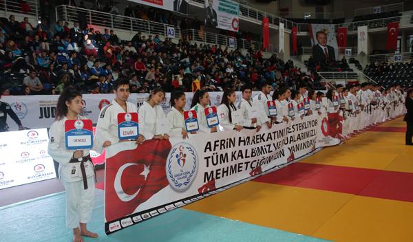 5 270 - Türkiye Gençler Judo Şampiyonası'da Madalyalar Sahiplerini Buldu