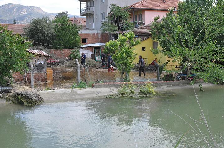 5 352 - Akköy Sular Altında Kaldı