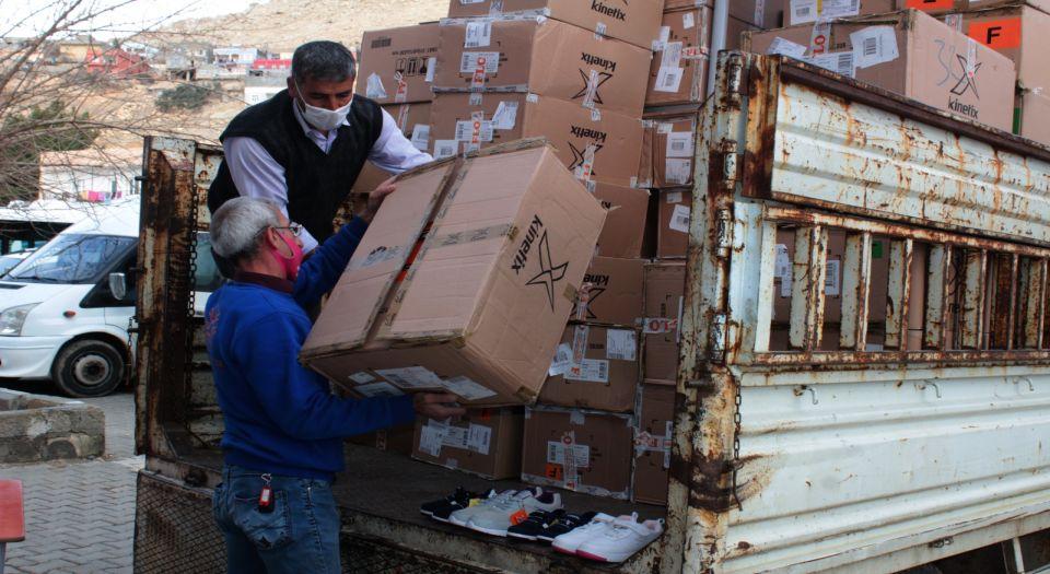 Mardin'de dezavantajlı öğrencilere 20 bin ayakkabı dağıtılacak