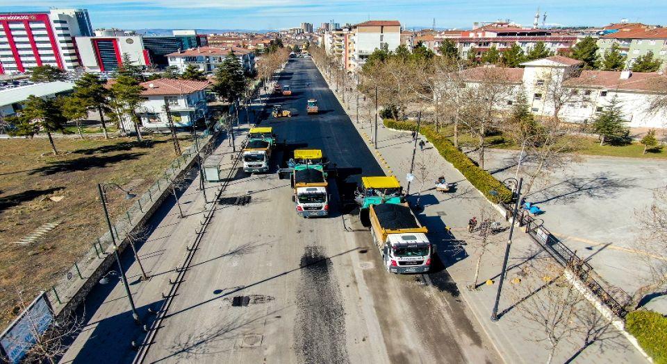 Malatya'nın İstasyon Caddesi 4 şeritli oldu