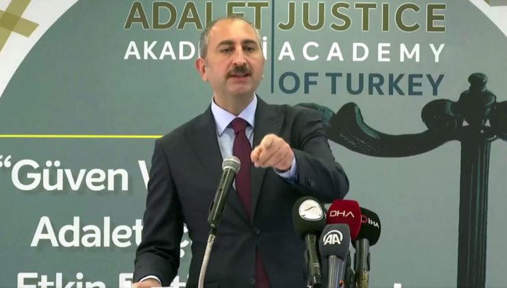 """Bakan Gül: """"Vesayetçi zihniyet muvaffak olamaz"""""""