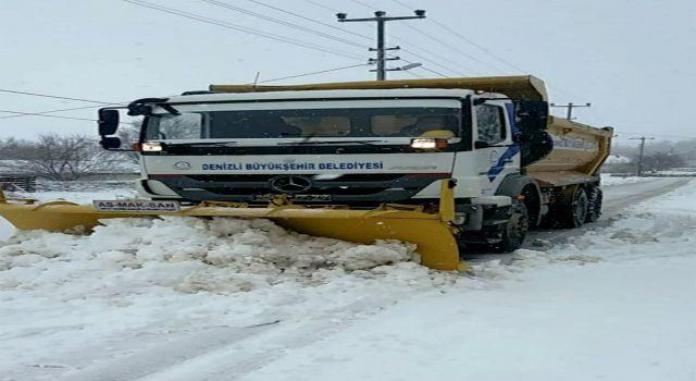 Denizli'de karla mücadele 6 ilçede sürüyor