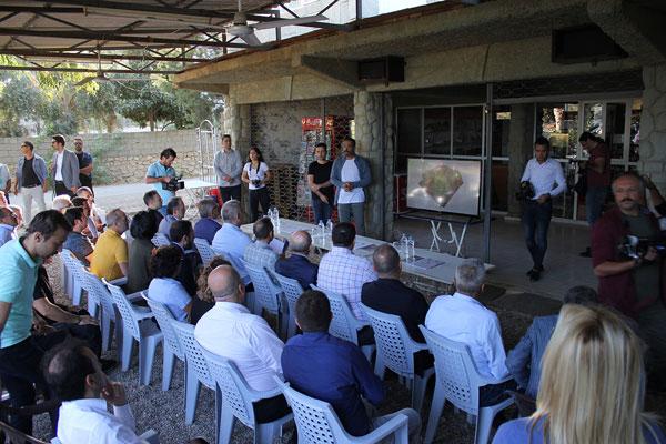 IMG 9707 - Turizm Bakanı Ersoy Sillyon Antik Kentinde İncelemelerde Bulundu