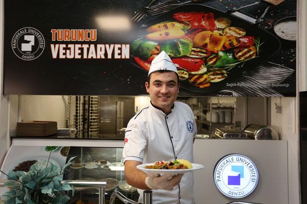 PAU 0056 - PAÜ Merkez Yemekhanesi'nde 'Turuncu Vejetaryen' Açıldı