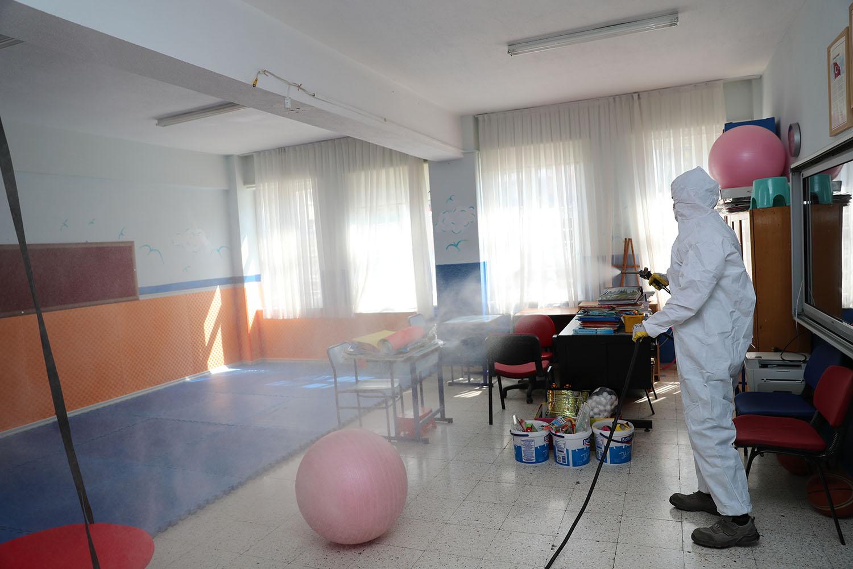 PMKL0669 - PAMUKKALE'DE OKULLAR DEZENFEKTE EDİLDİ