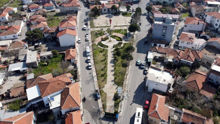 Aliağa Belediyesi'nden Helvacı'ya tarihi meydan