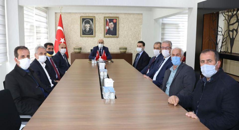 Mardin'de Ömerli heyetinden Vali Demirtaş'a teşekkür ziyareti