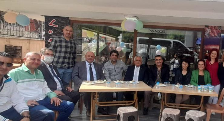 Başkan Mustafa Şevik, Lezzet Durağı'nın açılışını yaptı