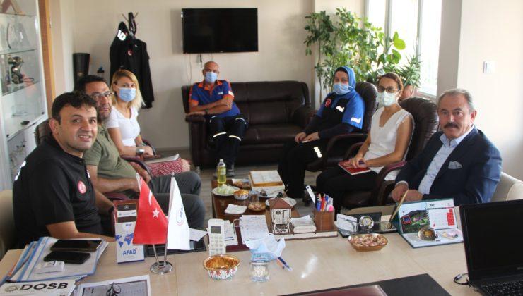 AK Partili Şahin Tin, AFAD il Müdürlüğünü ziyaret etti.