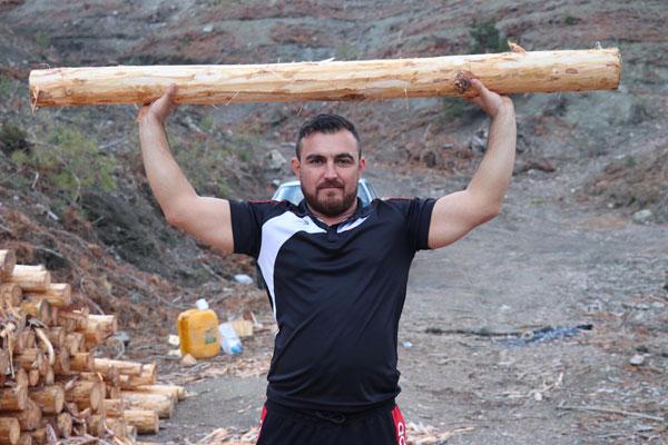 bacagini kaybetmesine yol acan tomrukla turkiye sampiyonu oldu 8508 dhaphoto1 - Bacağını Kaybetmesine Yol Açan Tomrukla, Türkiye Şampiyonu Oldu