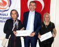 Mikrokredi Kadınlara Işık Tutuyor