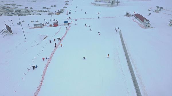denizli kayak merkezine ziyaretci akini 8966 dhaphoto13 - Denizli Kayak Merkezi'ne ziyaretçi akını