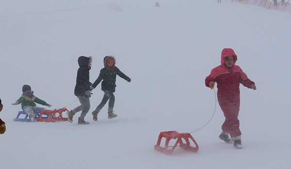 denizli kayak merkezine ziyaretci akini 8966 dhaphoto6 - Denizli Kayak Merkezi'ne ziyaretçi akını