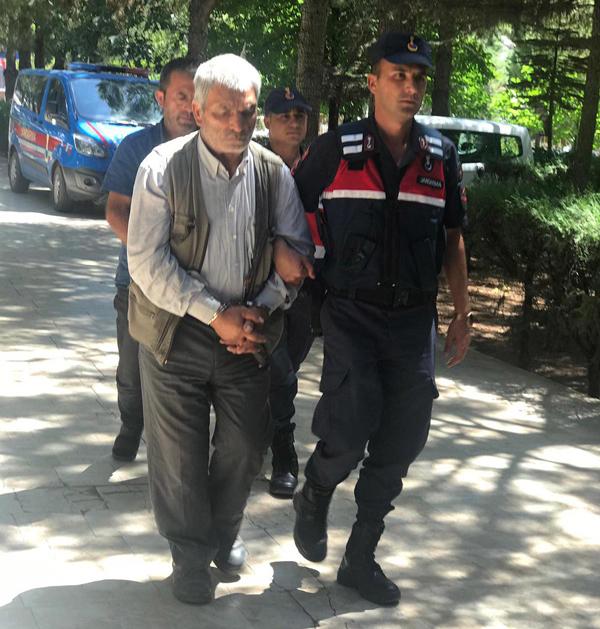 denizlide dolandiriciliga 2 tutuklama 8161 dhaphoto1 - Denizli'de dolandırıcılığa 2 tutuklama