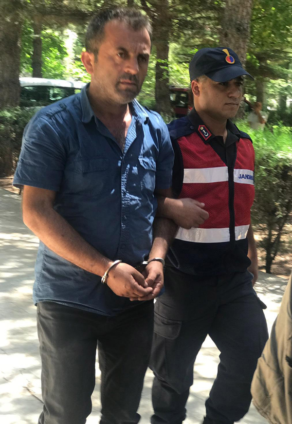 denizlide dolandiriciliga 2 tutuklama 8161 dhaphoto2 - Denizli'de dolandırıcılığa 2 tutuklama