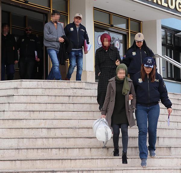 denizlide fetonun gaybubet evlerine operasyon 9 gozalti 8699 dhaphoto6 - Denizli'de FETÖ'nün gaybubet evlerine operasyon: 9 gözaltı
