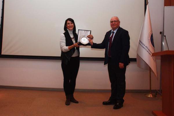 foto1 - Prof. Dr. Özer SPK'da İlk Borsa Binası Bulunan Aizanoi Antik Kentini Anlattı