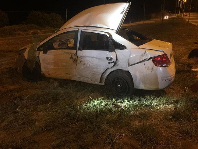 gezmek icin otomobil kiralayan universiteliler kaza yapti 2 olu 5 yarali 1568 dhaphoto4 - Gezmek için kiraladıkları otomobille kaza yaptılar: 2 ölü, 5 yaralı