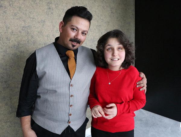 gorme engelli ceydanin hayati muzikle degisti 3960 dhaphoto3 - Görme engelli Ceyda'nın hayatı müzikle değişti