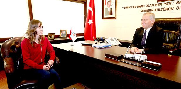 Ücretsiz Kurslardan Türkiye Şampiyonluğu'na