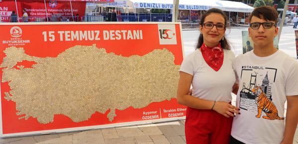 harcliklariyla 15 temmuz anisina turkiye haritasi yaptilar 7114 dhaphoto1 - Harçlıklarıyla 15 Temmuz anısına Türkiye haritası yaptılar