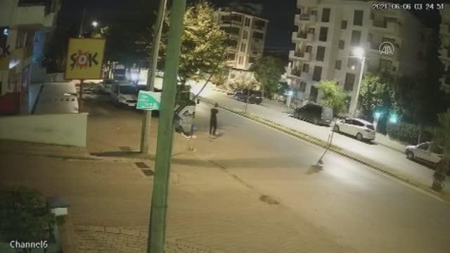 polisin dur ihtarina uymayan surucu kaza yapi 14185840 o - POLİSTEN KAÇARKEN DUVARA ÇARPTI!