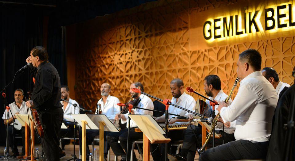 Bursa'da Gemlikli müzisyenlere destek