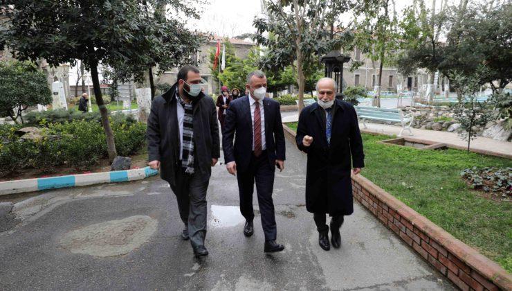Kocaeli'den İstanbul'a Darülaceze ziyareti