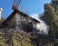 Çameli'de İki Katlı Evde Yangın Çıktı