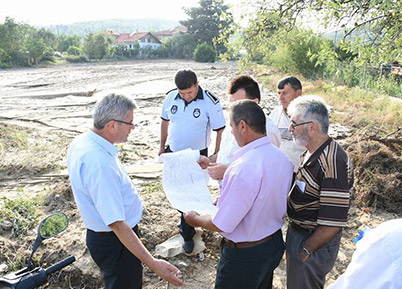 Pınaryazı Mahallesi'nde Dere Islah Çalışmaları Başladı