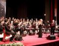 Büyükşehir Korosu İzmir'de gönülleri fethetti