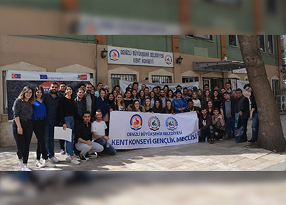 Gençlik Meclisi 9 ülkeden 42 temsilciyi ağırladı
