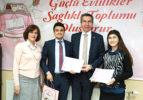 Evlilik Okulu'nda 53 kursiyere sertifikaları verildi