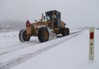 Büyükşehir 14 ilçede karla mücadele ediyor