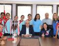 Şampiyon Kızlardan Başkan Tefenlili'ye Ziyaret