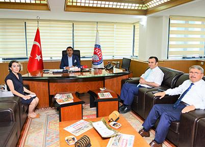 DTO Başkanı Uğur Erdoğan'ın her günü dolu dolu geçiyor