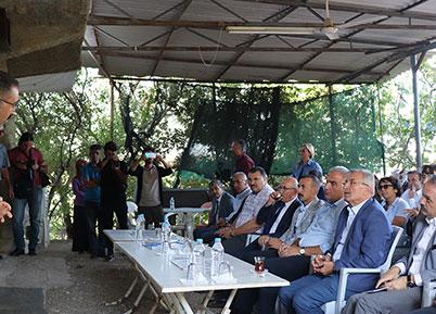 Turizm Bakanı Ersoy Sillyon Antik Kentinde İncelemelerde Bulundu